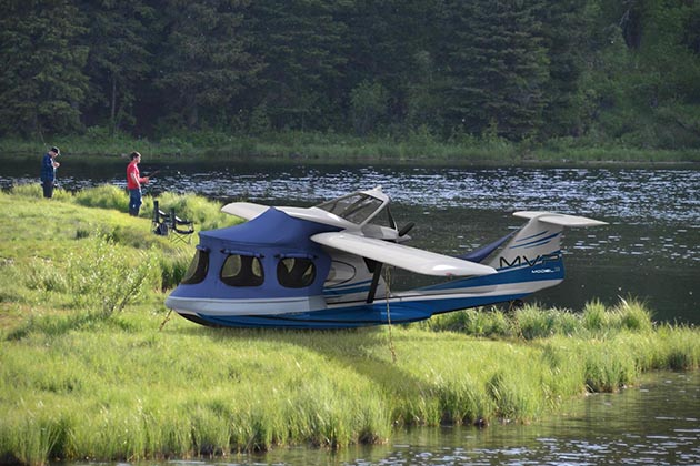 Seaplane camper amphibious luxury