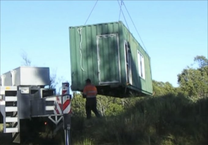 off grid shipping container home 1