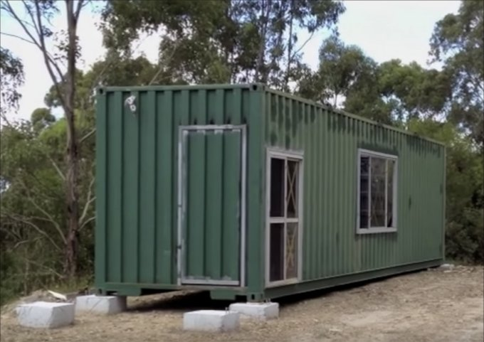 off grid shipping container home 2