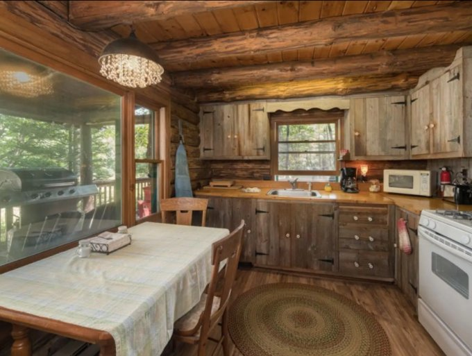 Log cabin New York state
