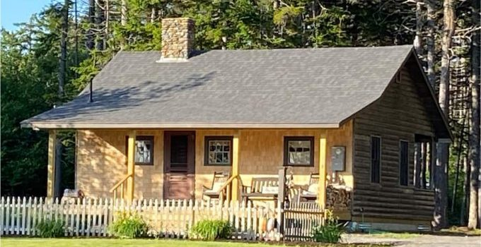 Cottage in Maine