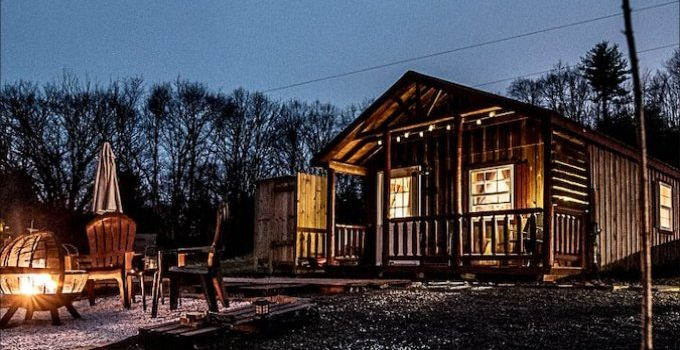 Small off grid cabin